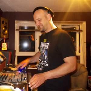DJ Neil S